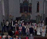 Česko zpívá koledy v Loučovicích tradičně znělo v kapli sv. Prokopa.