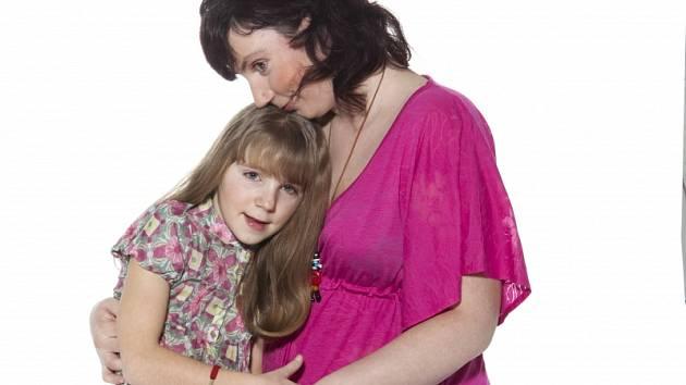 Zuzanka Lavičková s maminku.