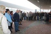 Velešínští ve čtvrtek slavnostně otevřeli nové autobusové nádraží.
