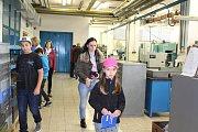 Den otevřených dveří v Jihostroji Velešín slavil úspěch, návštěnnost byla velká.