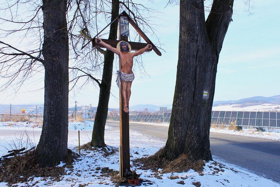 Kříž v Kladném.