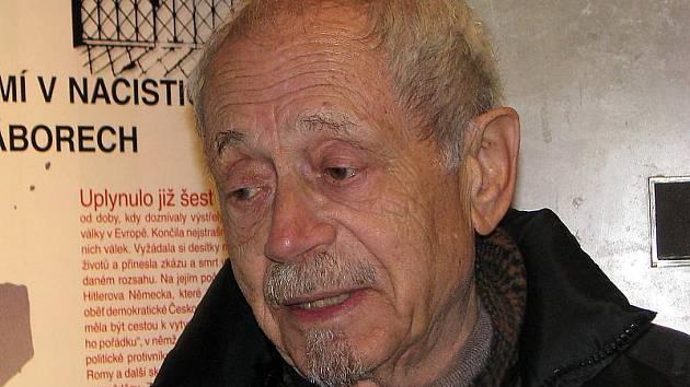Asaf Auerbach.