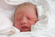 Tříletý Jiřík má od 15. května 2015 brášku. Jan Jungvirt se narodil dvě minuty před třetí hodinou ranní, měřil 49 centimetrů a vážil 3255 gramů. Rodiči obou dětí jsou Zdeňka a Jiří Jungvirtovi ze Zlaté Koruny. Tatínek u porodu asistoval.