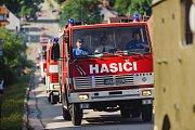 V bohatém programu oslav 140. výročí Sboru dobrovolných hasičů Velešín nechyběla ani soutěž. Jejími vítězi se stali muži z Třísova a ženy z Benešova nad Černou.