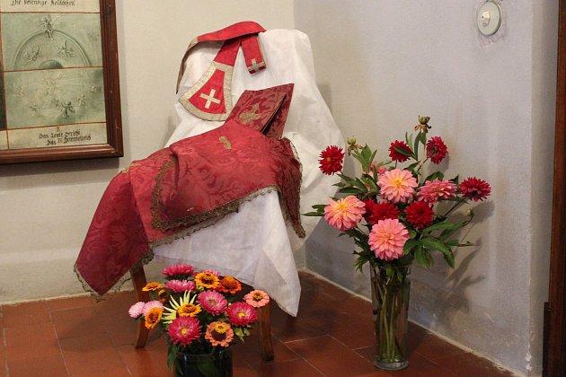 Od soboty do neděle 19. srpna je v klášteře ve Zlaté Koruně k vidění krásná výstava květinových aranží Flõres coeli.