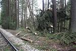 Sabine škody napáchala i na železnici v okolí zastávky Rožmberk nad Vltavou.