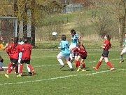 Fotbalová divize žen (skupina D) – 16. kolo: Spartak Kaplice (bledě modré dresy) – Platan Protivín 8:0 (5:0).