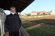 Rekonstrukce fotbalového hřiště v Křemži začala.