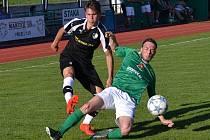 V posledním vzájemném utkání na krumlovském trávníku vyhrál na jaře Slavoj nad Roudným 2:0. V sobotním derby však nebude k dispozici František Persán (ve skluzu).