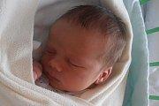 Jiří Němeček a Lenka Mrkvičková přivítali na svět prvního společného potomka. V úterý 6. října 2015 se jim narodil syn Jakub Němeček. Stalo se tak přesně tři minuty po 9. hodině ranní. Jakub vážil 3750 gramů a svoje dětství bude prožívat ve Velešíně.