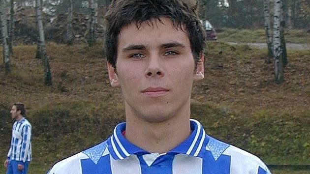 Šestnáct gólů nastřílel v podzimní části okresního přeboru mužů velešínský Daniel Petr a drží svůj tým ve hře o postup.