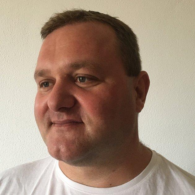 Václav Mikeš, SPD, požární technik, 40let