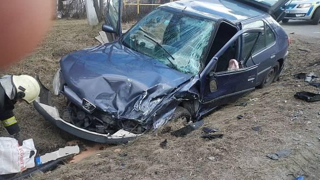 Dvě auta se srazila na E55 v Kaplici.