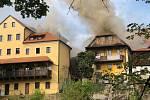 Požár obytných domů v Českém Krumlově, jak jej zachytil Tomáš Sojka.