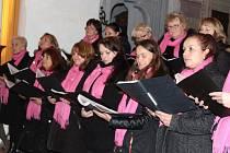 Sbor Harmonie v sobotu zapěje ve frymburském kostele.