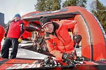 Na Kramolíně půjčoval a seřizoval lyže Viki Cabadaj z filmu Sněženky a machři.