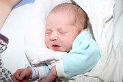 Ve středu 29. července 2015 spatřil světlo světa Tadeáš Krycner, prvorozený potomek Ivy Krycnerové zČeského Krumlova. Chlapeček se mohl ten den ve 14 hodin a 26 minut pyšnit mírami 53 centimetrů a 3900 gramů.