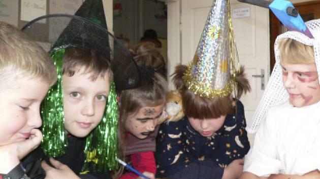 Halloween oslavili i v českokrumlovských školách.