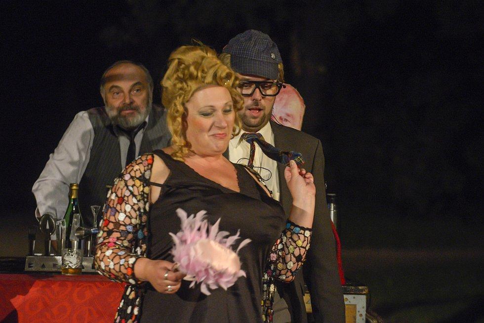 Seskupení neherců pobavilo diváky na točně hned ve dvou představeních.