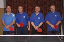 Suverénní vítězové okresního přeboru 2010/11 - první tým KST Vltavan Loučovice. Na snímku zleva: Richard Němeček, František Dibitanzl, Pavel Mleziva a Pavel Jaroš.