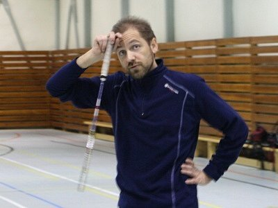 Dánský badmintonový trenér Jens Grill.
