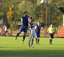 FK Spartak Kaplice (černobílé dresy) – TJ Slavoj Hrdějovice 5:0 (1:0).