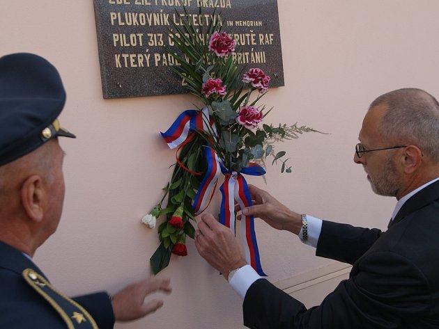 Velešínští uctili památku letce Prokopa Brázdy.