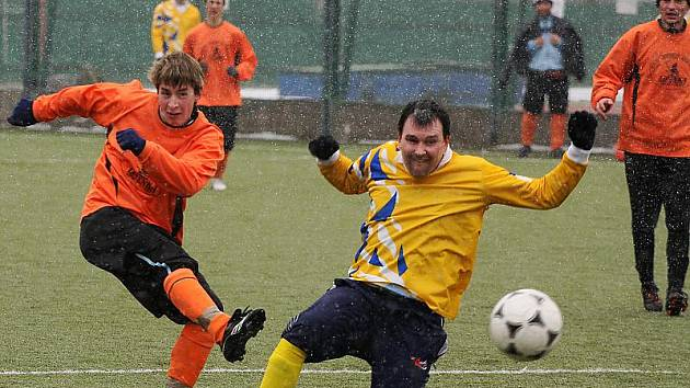 Sekyra Group Cup 2010 / FC Vltava - TJ Hraničář Malonty 3:2 (1:1).