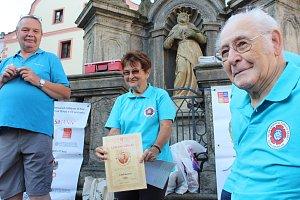 Čestné uznání obdržela za svou činnost ředitelka pochodu Libuše Kuchtová.
