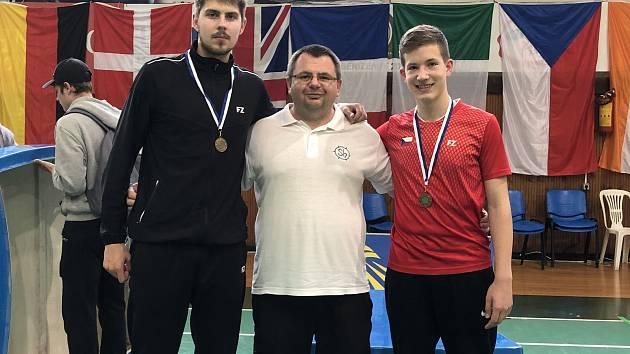 Krumlováci Jaromír Janáček, Radek Votava a Tomáš Švejda (zleva) na turnaji v Řecku.