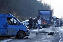 Silnice mezi Českým Krumlovem a Kájovem byla hodinu neprůjezdná.