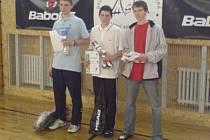 Medailové pozice dvouhry juniorů po zásluze zabrali reprezentanti Ludík s naším Zevlem a Zajíček (zleva).