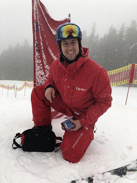 McDonald's Winter Cup 2020, závod ve slalomu pro veřejnost, ve skiareálu Lipno.
