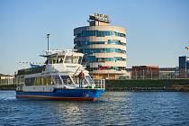 Loď Smetana na Dunaji v rakouském Linci.