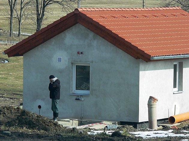 Čistička v Omleničce čeká na své spuštění, kterého by se místní lidé měli dočkat zhruba po 20. březnu.