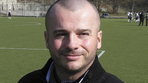 Náš glosátor pro jarní část fotbalových soutěží - větřínský hráč Jiří Opekar.