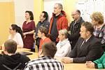 Jihočeská hospodářská komora pořádala na českokrumlovské středí zdravotnické škole Veletrh práce.