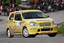 Na stříbro z Rallye Český Krumlov (na snímku) by na Bohemii rádi navázali Jiří Sojka s Jaroslavou Roučkovou. V tabulce Mezinárodního mistrovství České republiky patří Sojkovi aktuálně průběžné páté místo ve třídě.