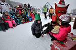 Tři krále si připomněly i děti, které si v sobotu užívaly čerstvý sníh na lyžích.