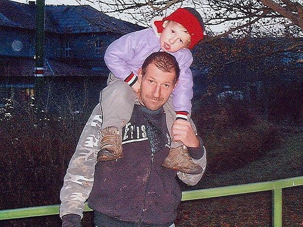 Štefan Rolník se synem o Vánocích.