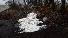 Bílá krystalická látka u autobusové zastávky v Kosově vyvolala rozruch.