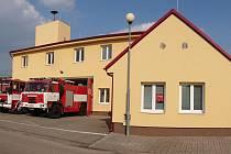 Rekonstrukce požární stanice v Křemži vyšla na čtyři miliony korun.