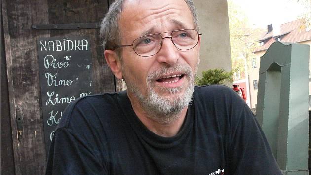 Miroslav Páral se z Českého Krumlova přestěhoval do Kájova.