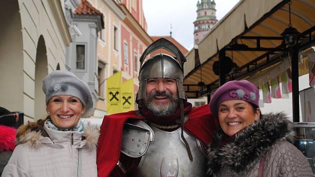 Na svatého Martina na bílém koni na náměstí Svornosti čekali milovníci mladého vína.