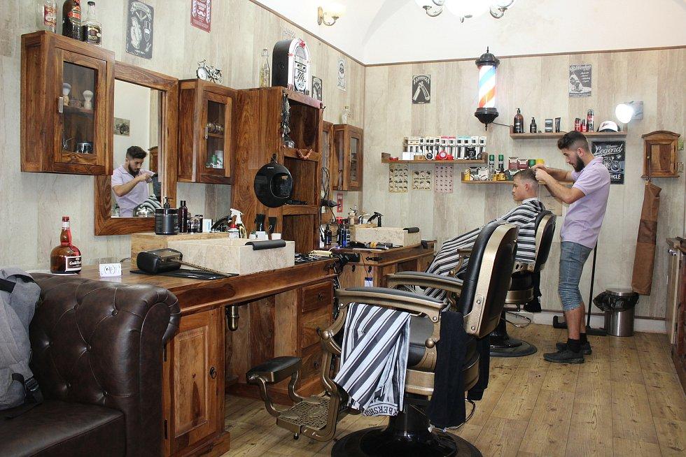 Lazebna Gentlemans Club v Českém Krumlově nabízí příjemný servis a relaxaci.