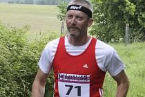 V letošním roce Stanislav Jančář přijal stokilometrovou výzvu při závodu v Novohradských horách (na snímku) a dnes odstartuje do nejdelšího závodu v kariéře v italských Dolomitech.