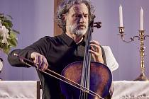 violoncellista Jiří Bárta