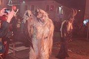 Krampus show v Kaplici si užívali diváci i účinkující.