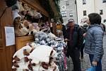Vánoční trh na náměstí v Českém Krumlově začíná.
