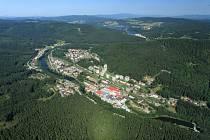 Obec Loučovice.